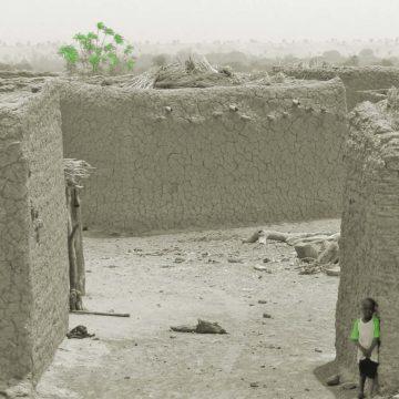 CORONA Pendant la pandémie, laguerre continue: au Sahel, unestratégie vouée àl'échec